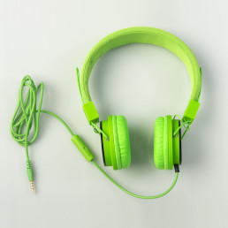earphones-green